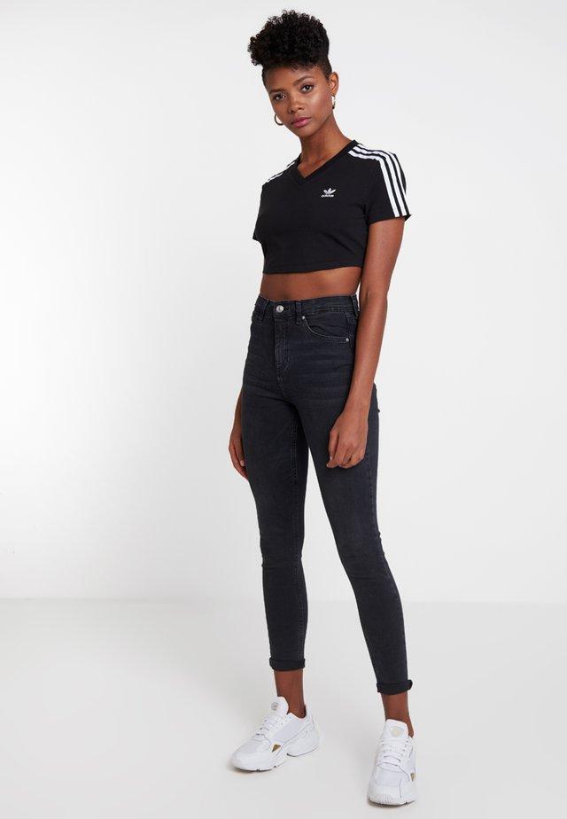 CROPPED TEE - T-shirts print - black