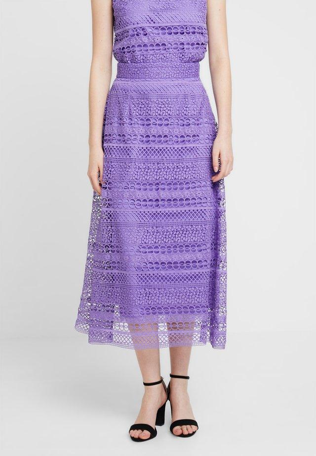 A-Linien-Rock - dahlia purple