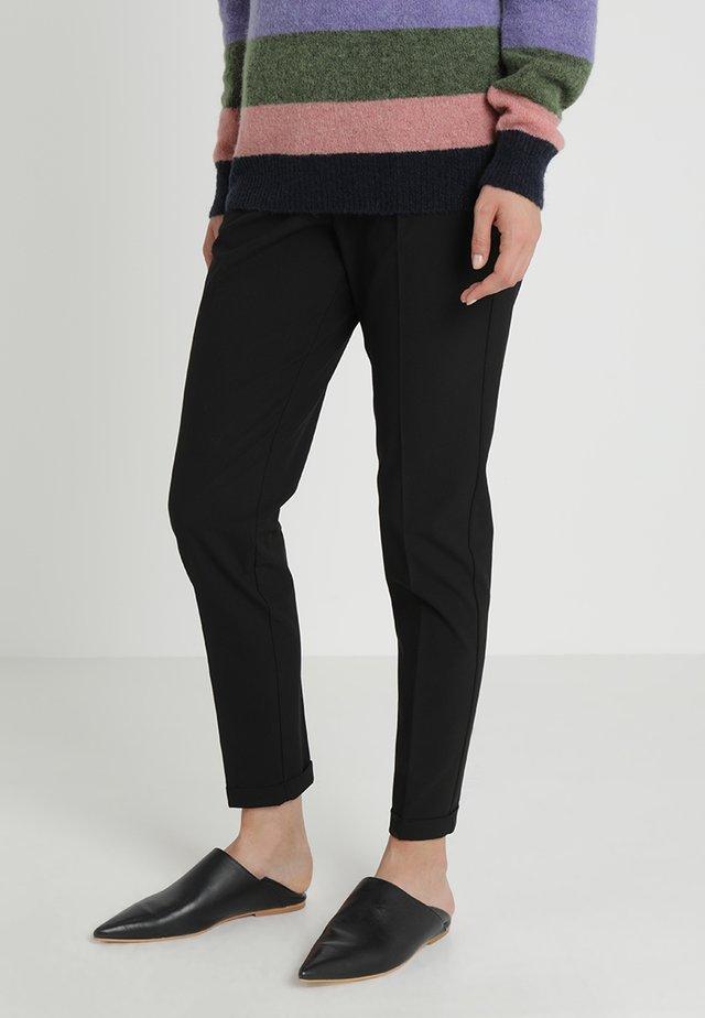NANCI JILLIAN PANT - Pantaloni - black deep