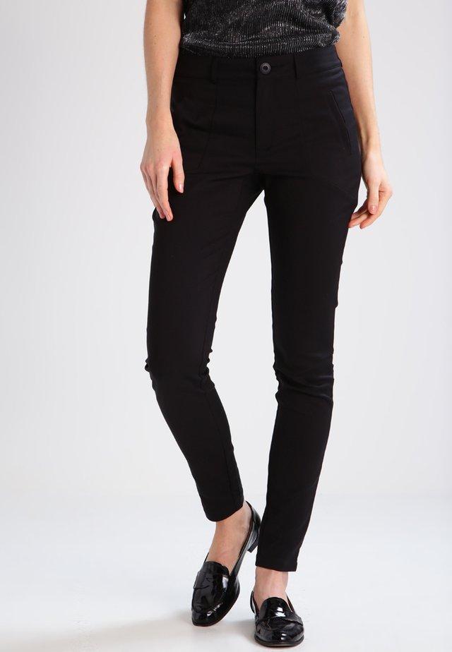 VERA - Pantalon classique - black deep