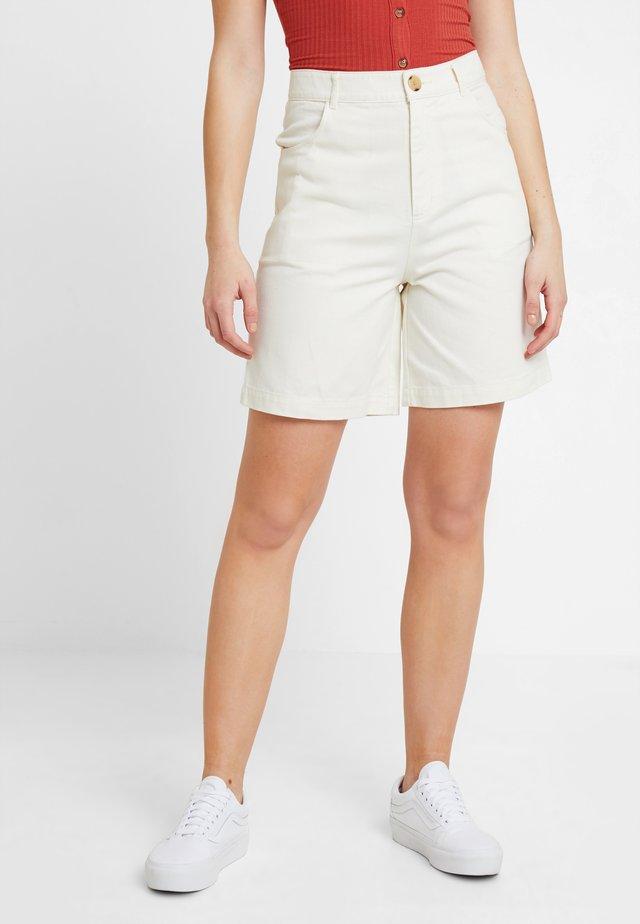 NAZIR - Shorts vaqueros - offwhite