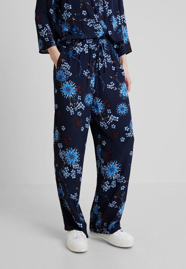 PANTS REGULAR BUT COMFY FIT WIDE - Stoffhose - mottled blue