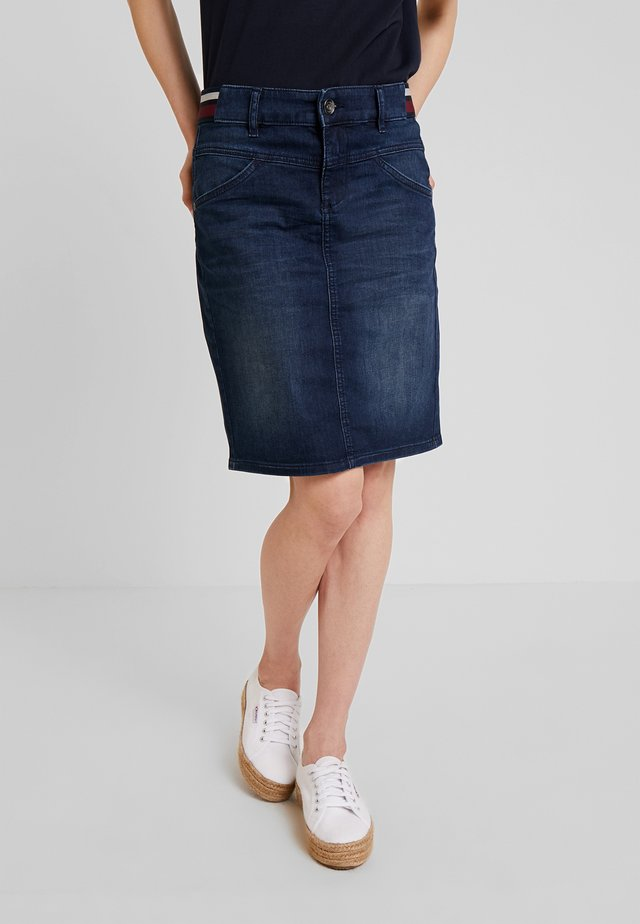 SKIRT BASIC - Bleistiftrock - dark blue denim