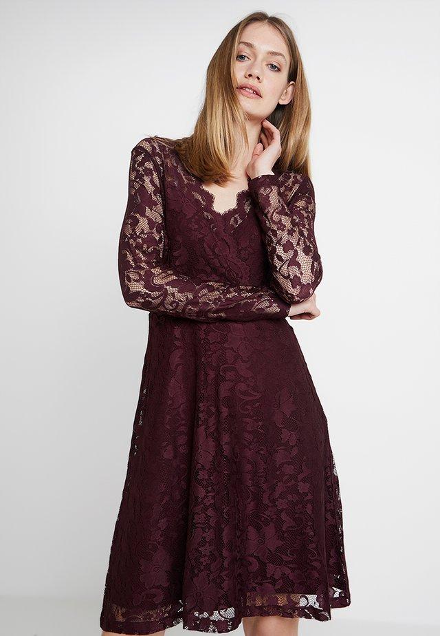 Robe de soirée - winetasting
