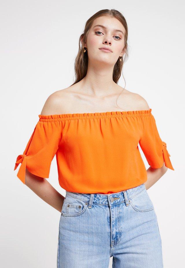 BARDOT NEW SHAPE - Blouse - orange