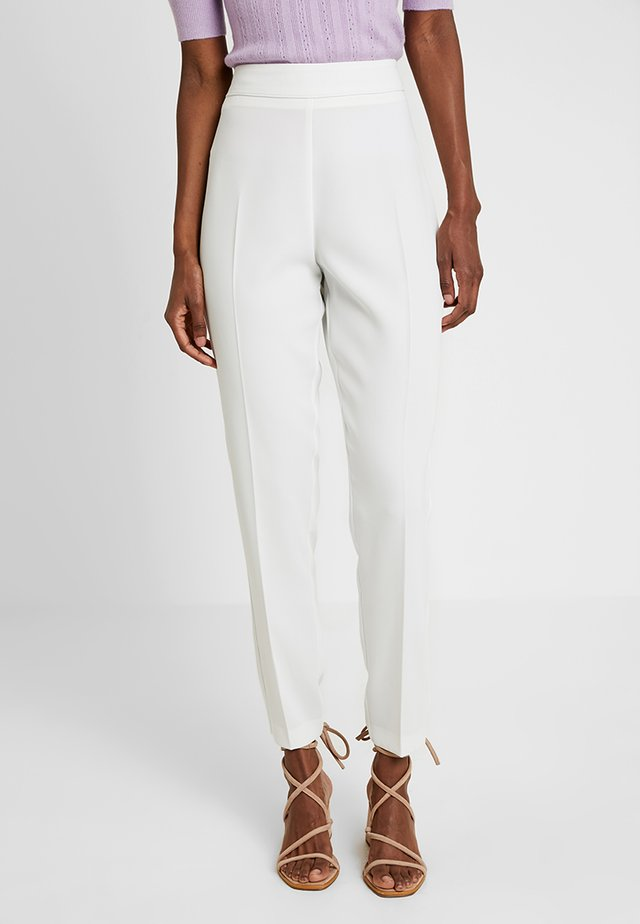 TAPERED TROUSER - Trousers - ivory