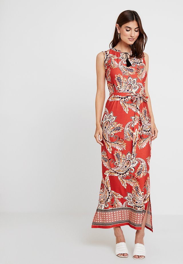 NEW SPICED PAISLEY TASSEL - Vestido largo - rust
