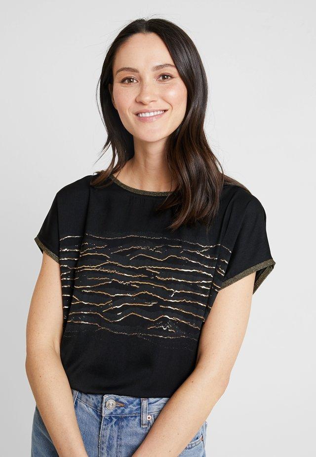 KURZARM - T-shirt con stampa - grey/black