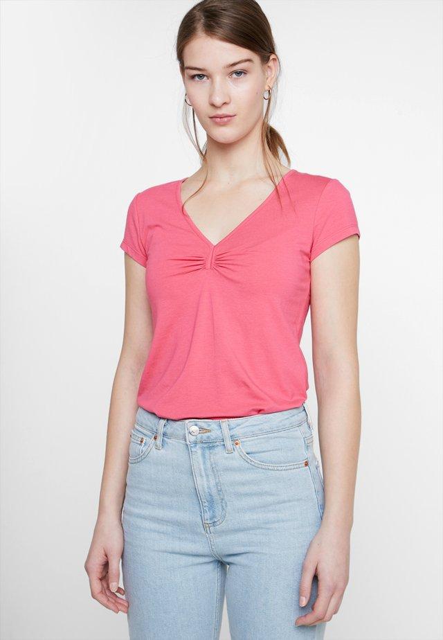 1/2 SLEEVE - Basic T-shirt - raspberry