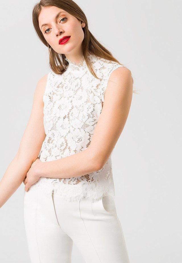 STAND-UP COLLAR - Blouse - white
