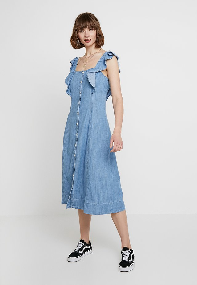 BUTTON FRONT MIDI WITH RUFFLE SLEEVE - Maxi-jurk - mayview wash