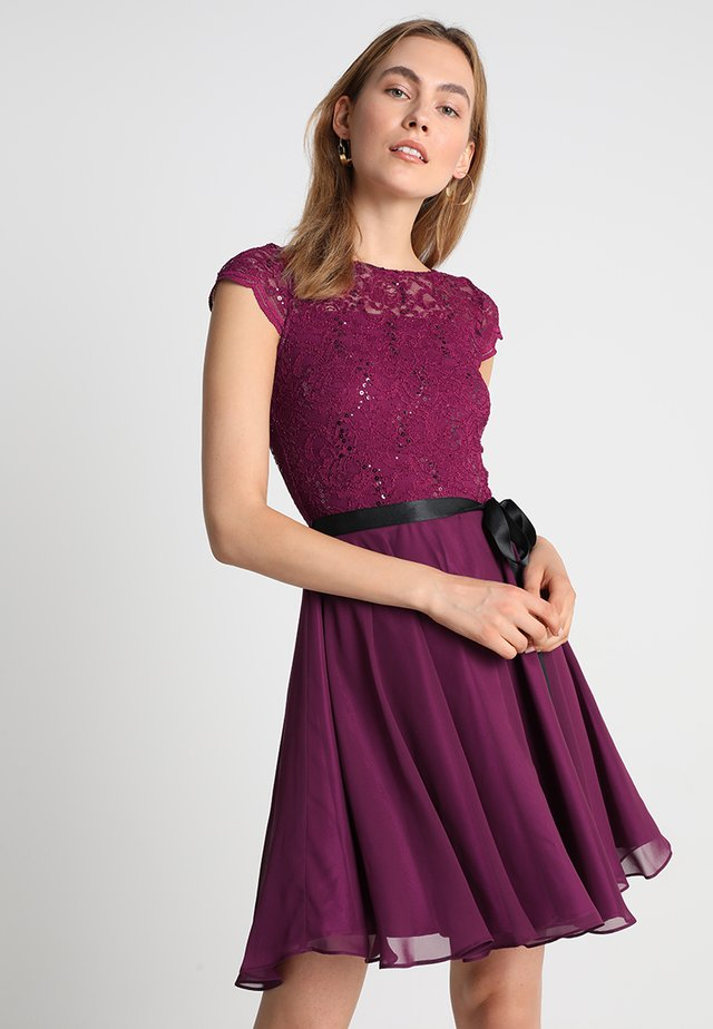 Cocktail dress / Party dress - lila