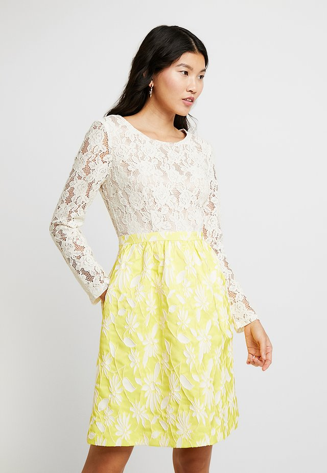 JACQUARDDRESS - Juhlamekko - cream/yellow