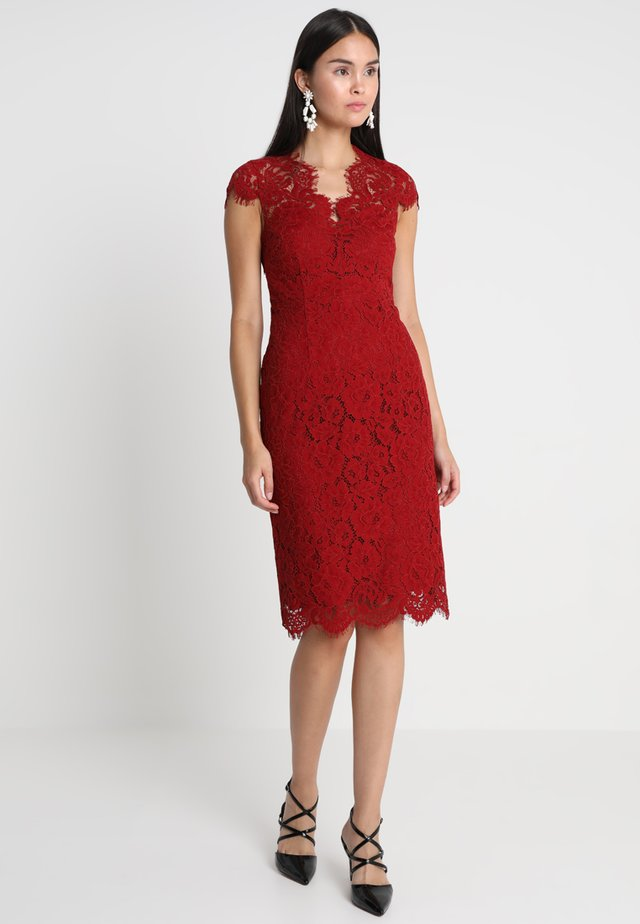 DRESS - Vestito elegante - rusty red