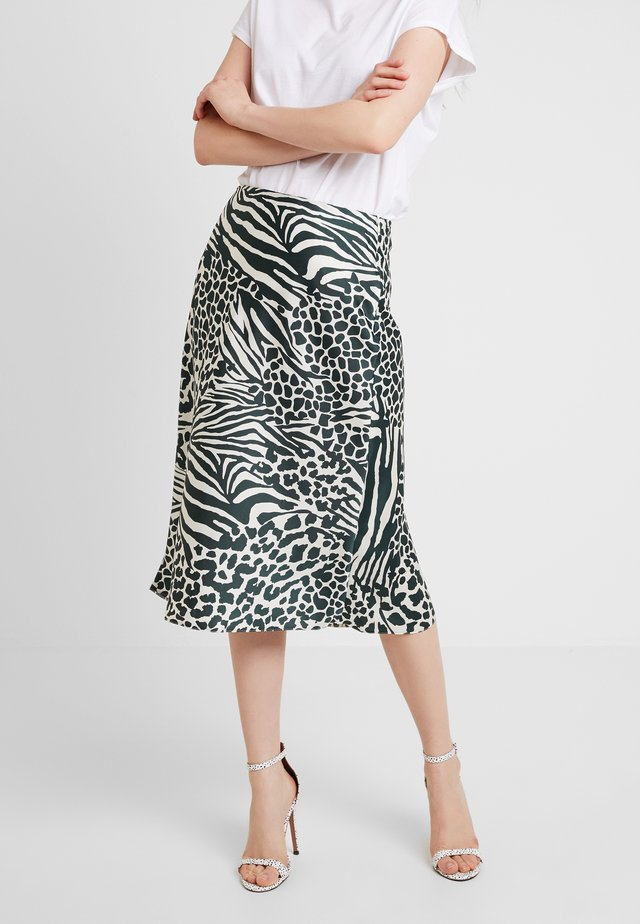 HYBRID ANIMAL PRINT COLLECTION - A-line skirt - green