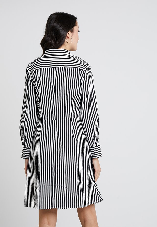 STRIPED DRESS - Skjortekjole - black/cream