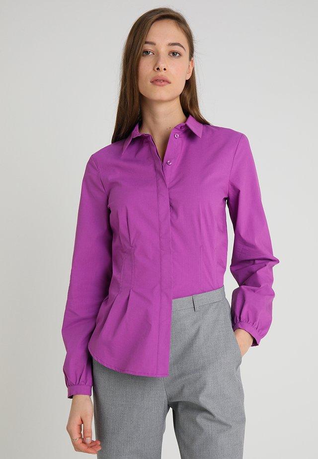 BLOUSE SLEEVE - Button-down blouse - bright purple