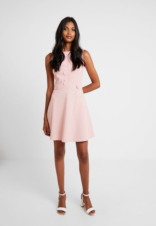 SCALLOPED DETAIL - Jerseykleid - blush