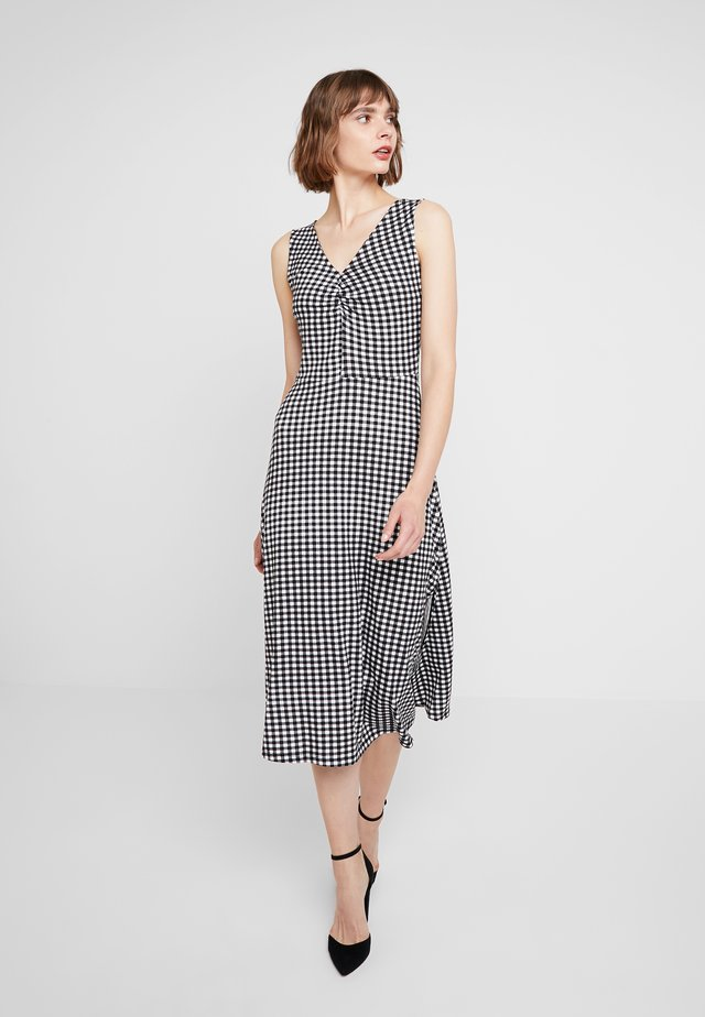 GINGHAM SPLIT FRONT SLEEVELESS MIDI - Žerzejové šaty - black