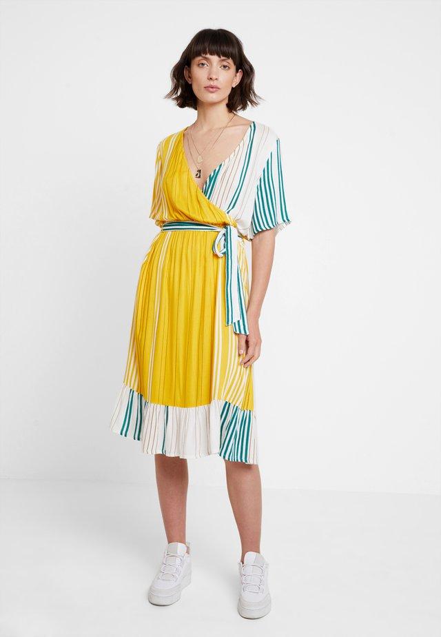 KAASTRID DRESS - Day dress - tidepool