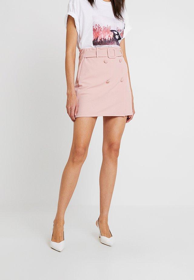SELF BELT BUTTON - Áčková sukně - pink