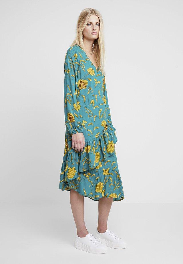 KALUANA WRAP DRESS - Day dress - tidepool