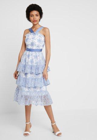 Cocktail dress / Party dress − light blue