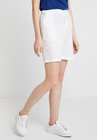 BERMUDA - Shorts - weiss