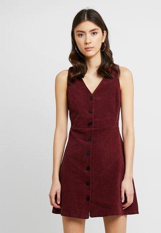 POPPY DRESS - Robe chemise - bugundy