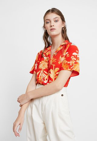 PARROT PRINT - Bluser - red