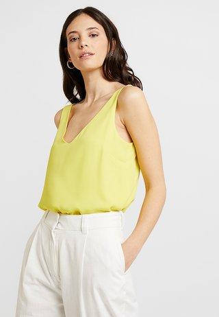 V NECK CAMI - Blusa - yellow
