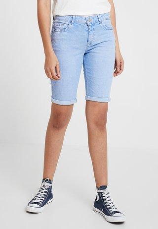 KNEE - Jeans Shorts - light bright blue