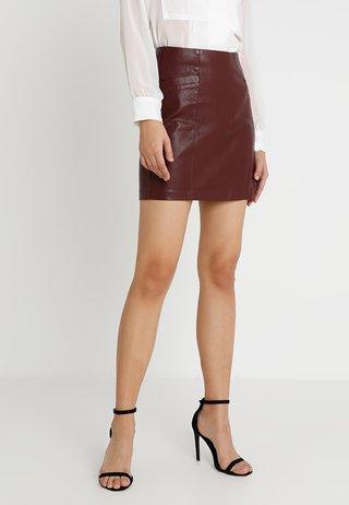 SKIRT - Mini skirts  - burgundy