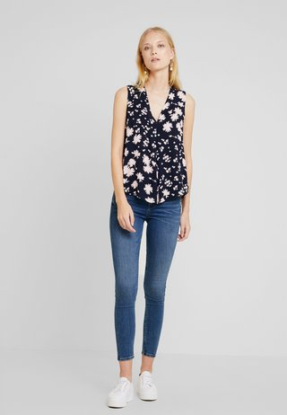 BLOUSE SLEEVELESS WITH PRINT - Bluse - navy/blue
