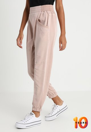 DAISY PANTS - Pantalones - rose smoke