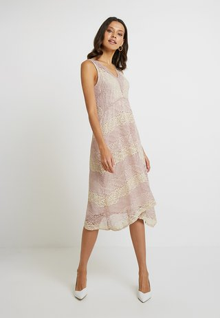 STRIPE HANKY HEM - Cocktail dress / Party dress - blush