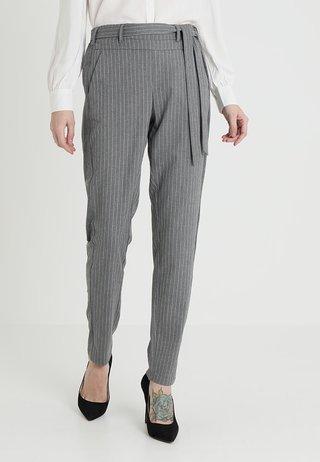 PALE BELT PANTS - Pantalones - grey melange/pale mauve