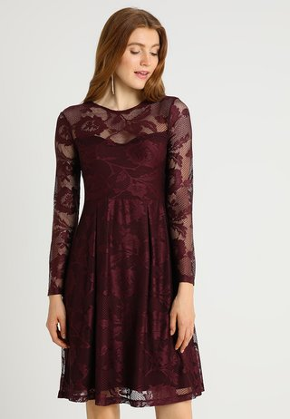 Cocktail dress / Party dress - winetasting