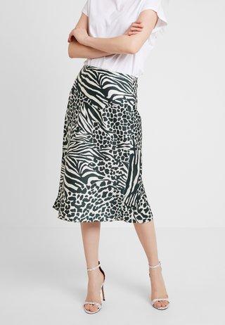 HYBRID ANIMAL PRINT COLLECTION - A-line skirt - green