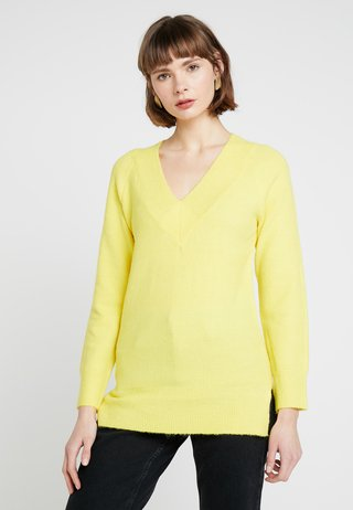 V NECK JUMPER - Maglione - yellow