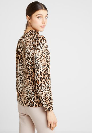 TWIST NECK  - Bluse - animal
