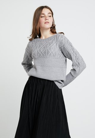 MAGGIE CABLE - Strickpullover - grey