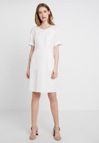 BASIC - Denní šaty - tofu