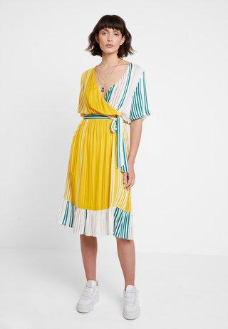KAASTRID DRESS - Sukienka letnia - tidepool