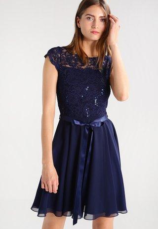 Vestito elegante - ink