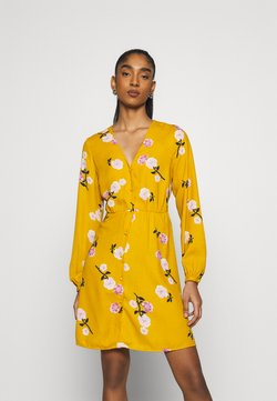 Vero Moda - VMFALLIE TIE DRESS - Paitamekko - chai tea/newfallie