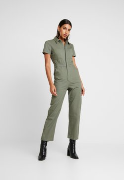Honey Punch - SHORT SELEVE BOILERSUIT WITH ZIPPER FRONT - Haalari - olive