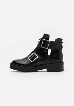 Nly by Nelly - CHUNKY BUCKLE - Ankle boot - black