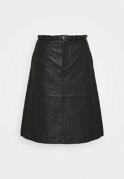 Selected Femme Petite - SLFKIM SKIRT  - Falda acampanada - black