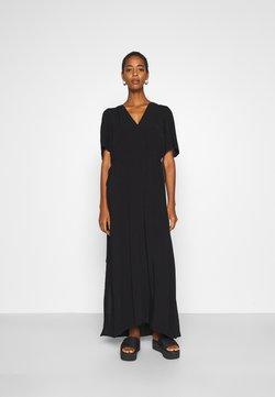 Selected Femme Tall - SLFWYNONA-DAMINA ANKLE SLIT - Maxi-jurk - black